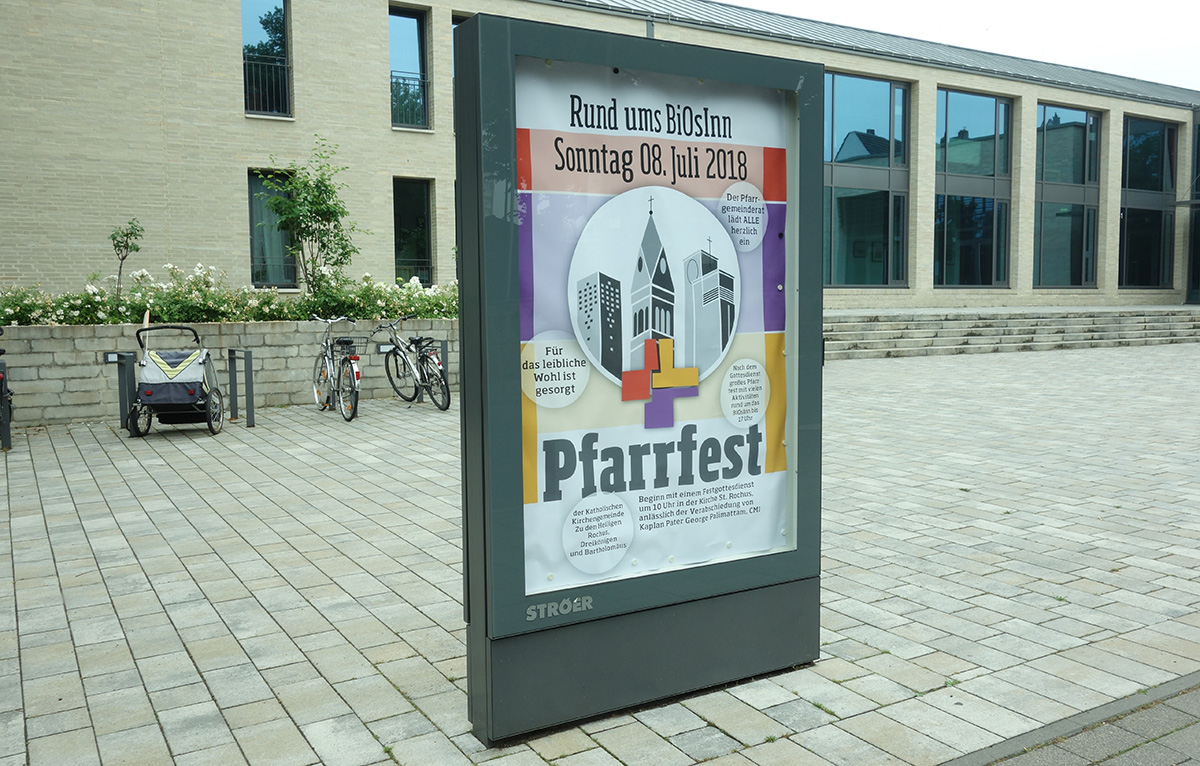 Stele mit dem Plakat | Pfarrfest in Köln-Bickendorf/Ossendorf